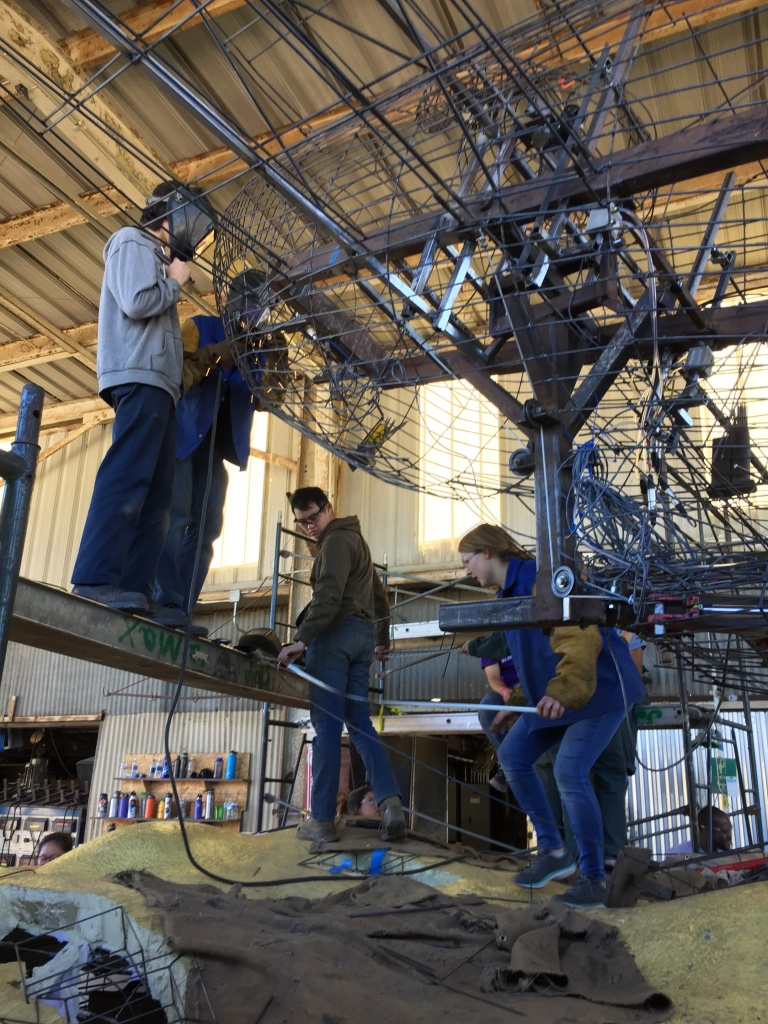 Students working on the Cal Poly Universities Rose Float prior to the move to Pasadena.