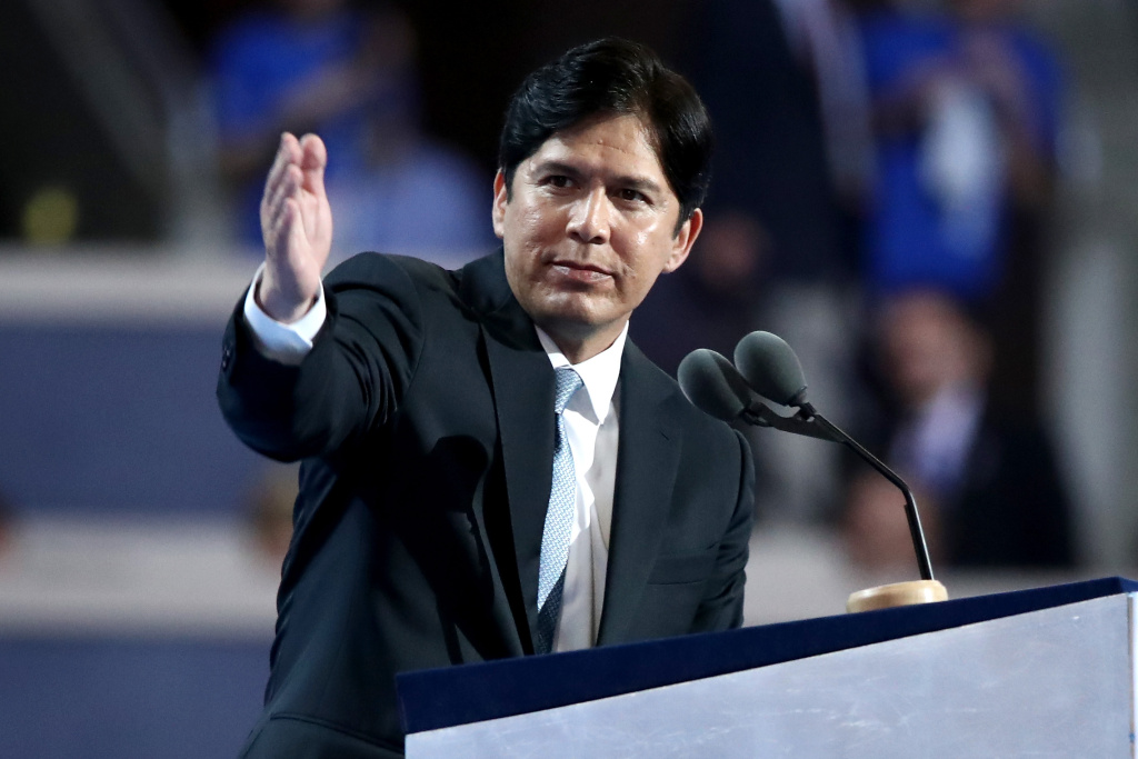 In this file photo, California State Senator Kevin de Leon delivers a speech on the first day of the 2016 Democratic National Convention in Philadelphia, Pennsylvania. De Leon is ramping up a campaign challenging U.S. Sen. Dianne Feinstein, a fellow Democrat, and he said Thursday he will step aside to allow the party to elect new leadership.