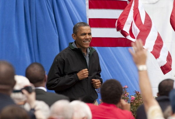 President Barack Obama arrives to a campaign stop at Bayliss Park August 13, 2012 in Council Bluffs, Iowa.