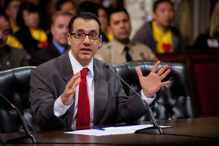 The Assembly is taking up a controversial bill before it loses its super-majority when Bob Blumenfield (D-San Fernando Valley) resigns July 1 to take his seat on the Los Angeles City Council.