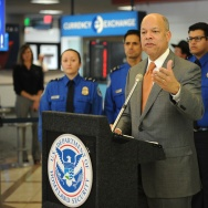 US-AIRLINE-HOMELAND SECURITY-TSA-LAX