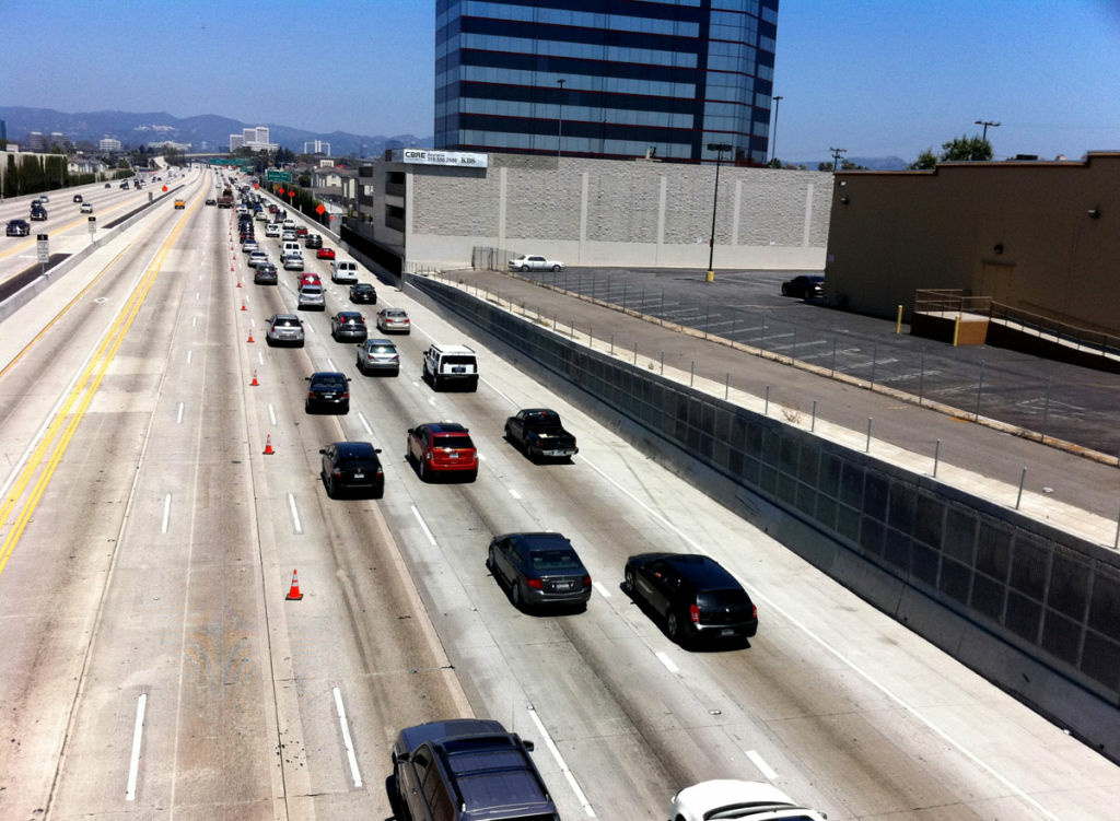 Drivers made their way back onto a section of the 405 freeway that had been shut down for much of the weekend.