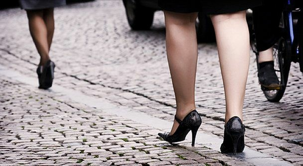 Cobblestones make it difficult for women wearing high heels to walk on, and often cause sprained ankles.