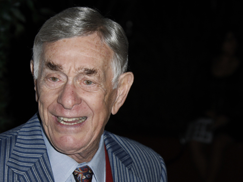 Comedian Shelley Berman has died at the age of 92. Here, he arrives at a reception for the 2008 Primetime Emmy Awards in Los Angeles.