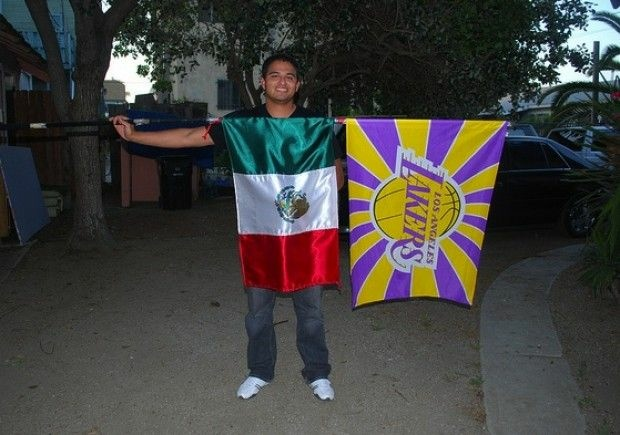 A Lakers fan and his flags, June 2010