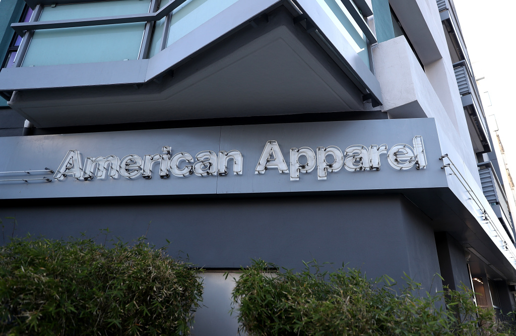 American Apparel laying off employees as it closes factories