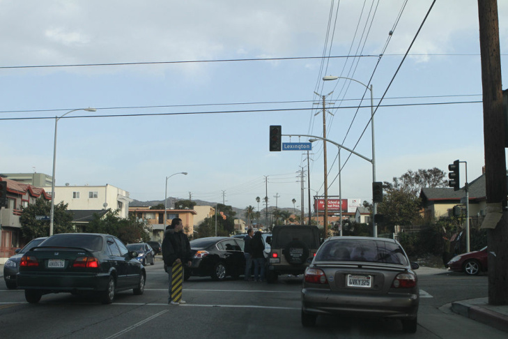 Wind storm causes car crash in East Hollywood