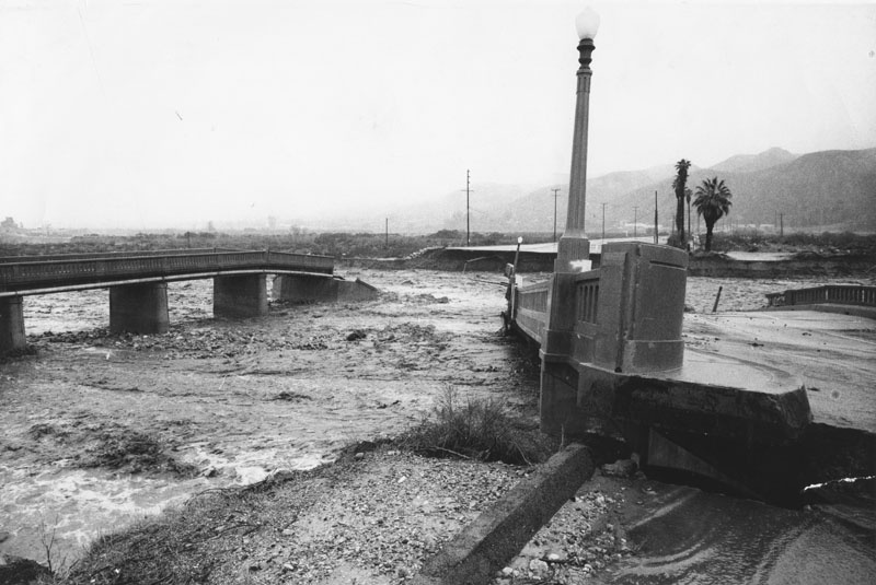 These two Los Angeles bridges collapsed from flood waters in 1969.
