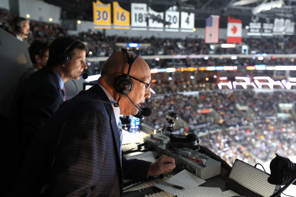 (L-R) Los Angeles Kings broadcasters Jim Fox and Bob Miller announce a game between the Los Angeles Kings and the Chicago Blackhawks at Staples Center on April 8, 2017 in Los Angeles.