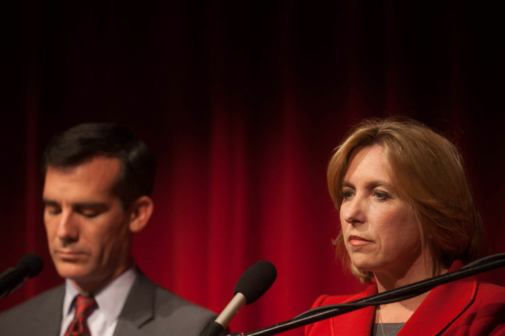 The two leading candidates for mayor of Los Angeles, Wendy Greuel and Eric Garcetti, at an earlier debate.