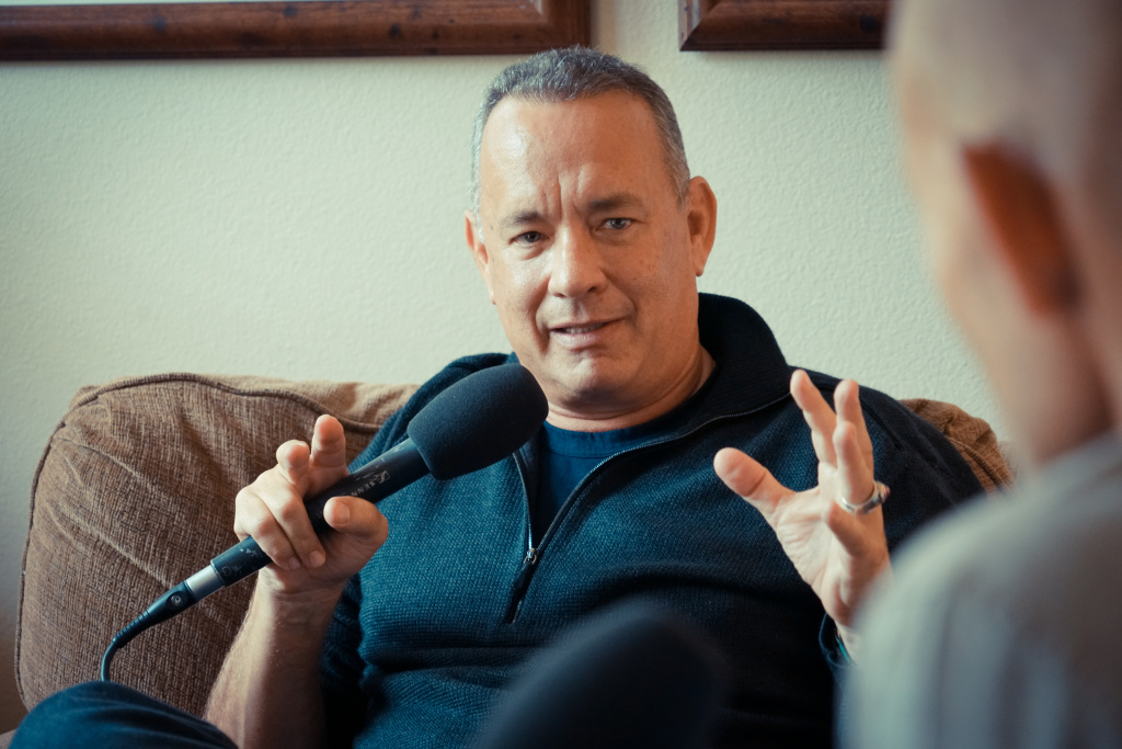 Tom Hanks talks with