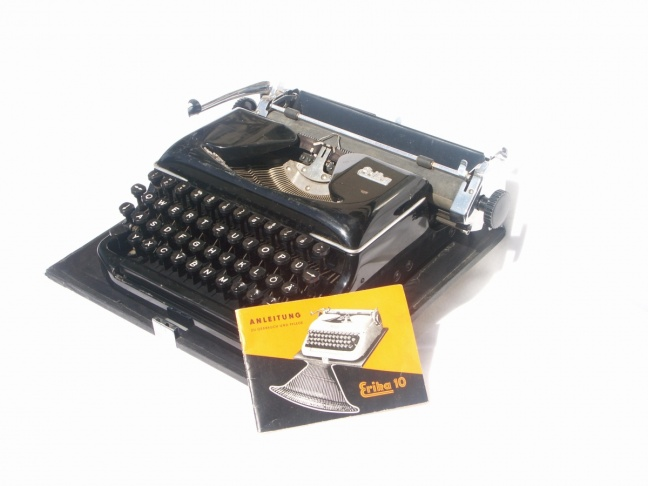 Erika 10 typewriter