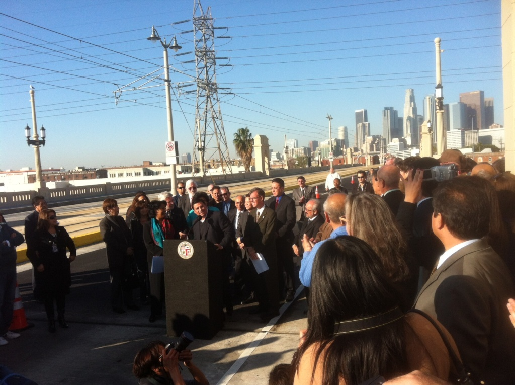 Los Angeles City Councilman Jose' Huizar and other Southland leaders gathered today for a ribbon cutting ceremony to mark the official reopening of the historic First Street Bridge in LA.