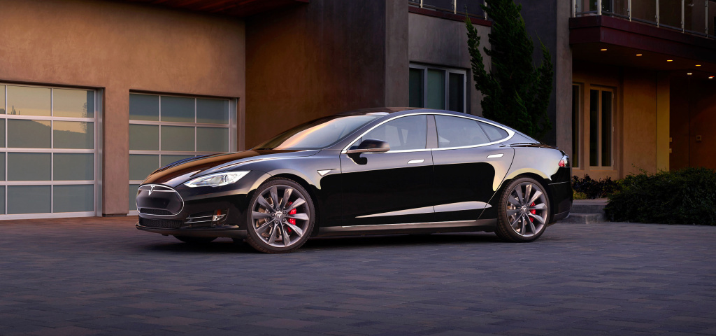The Tesla S P85D can now be updated with new software that gives it
