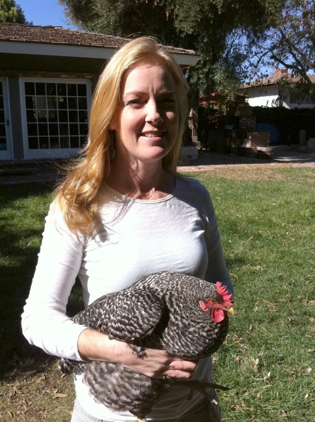 Laurel Holliday with her chicken, Chicago.