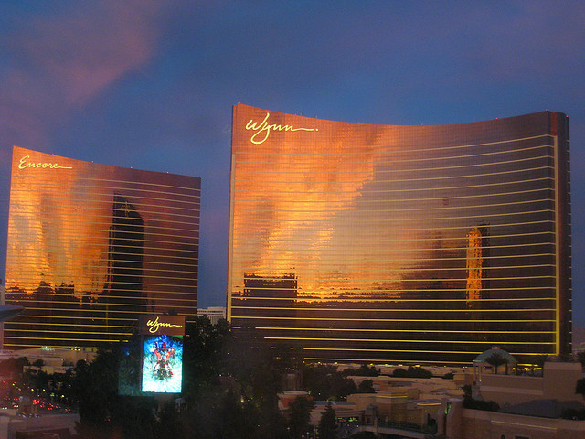 The Encore (L) and the Wynn (R) hotels and casinos in Las Vegas, Nevada on November 12, 2008