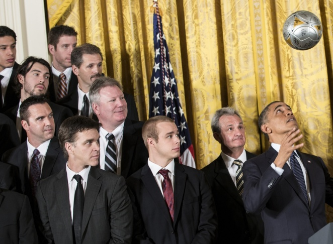 US-POLITICS-OBAMA-LA KINGS