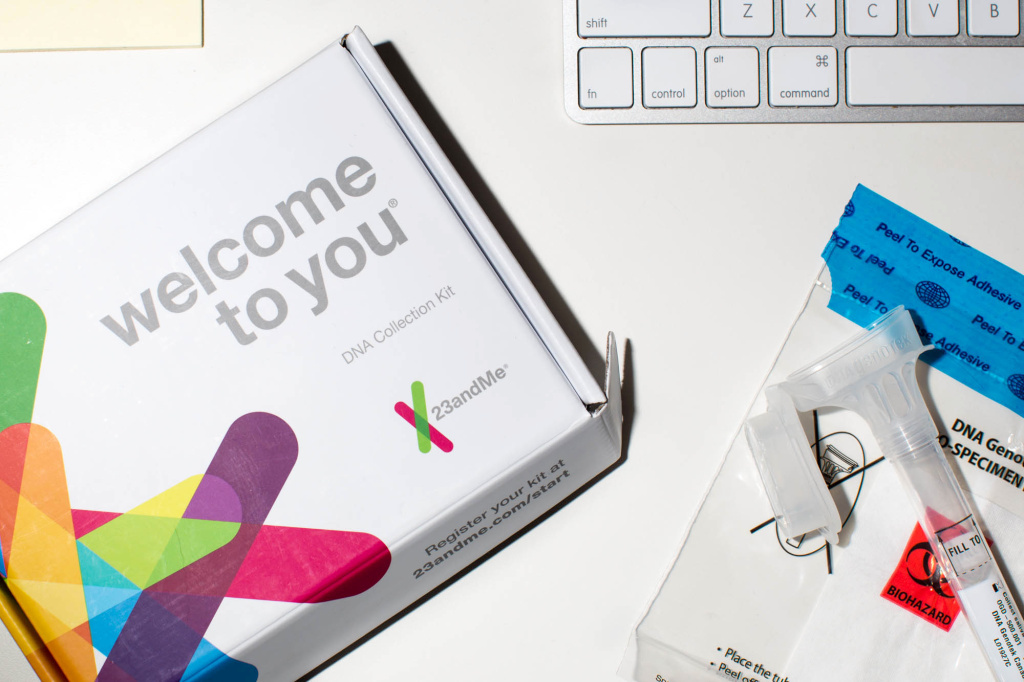 23andMe is now allowed to market tests that assess genetic risks for 10 health conditions, including Parkinson's and late-onset Alzheimer's diseases.