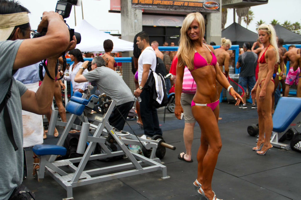 Muscle beach nudity — pic 9