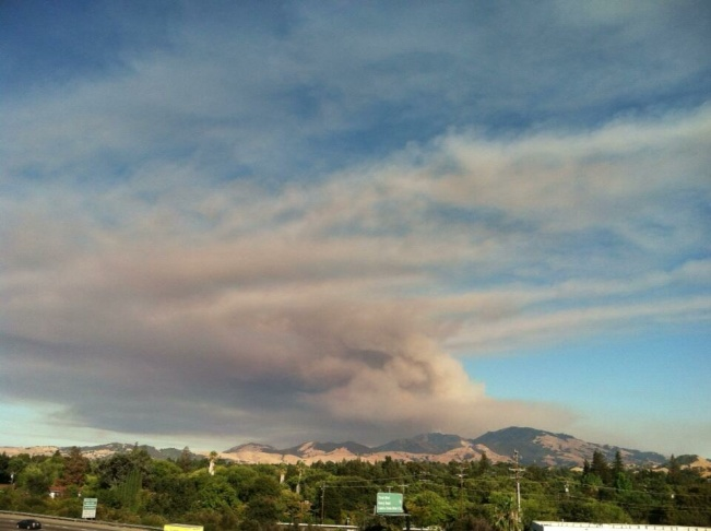 The Morgan Fire burning neat Mt. Diablo National Park in the Bay Area grew to over 800 acres Sunday night.