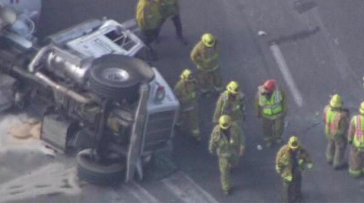 A cement truck overturned on the 5 southbound freeway in Glendale has resulted in closed lanes.