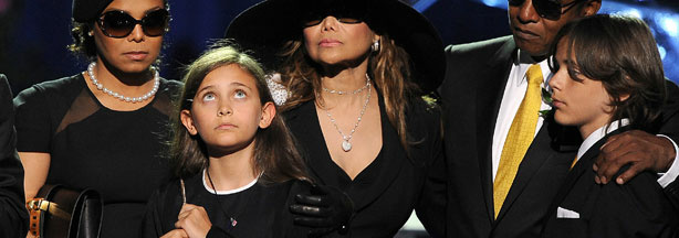Katherine Jackson and Paris Jackson appear at the Michael Jackson Hand and Footprint ceremony at Grauman's Chinese Theatre on January 26, 2012 in Los Angeles, California.