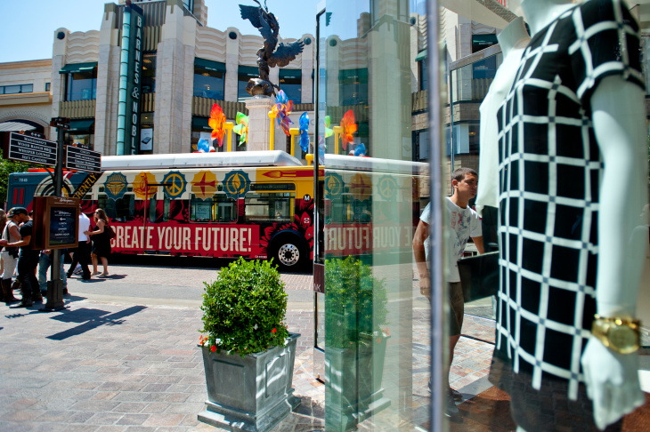 Artist Shepard Fairey designed the final bus installment for the Los Angeles Fund for Public Education's #ArtsMatter project, which was unveiled on Tuesday at The Grove.