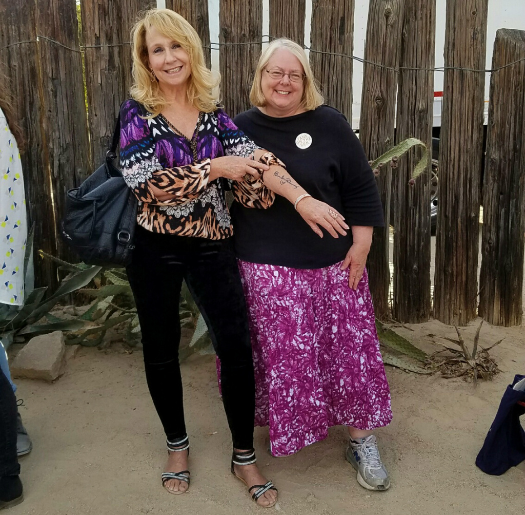 At Pappy & Harriet's in Pioneertown, Sue Weisenhaus - with a friend - shows off her Paul McCartney tattoo ... inked over his actual signature on her arm.