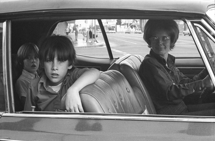 Mike Mandel, People in Cars, North Hollywood, 1970 / Photograph, 8 in. x 10 in.