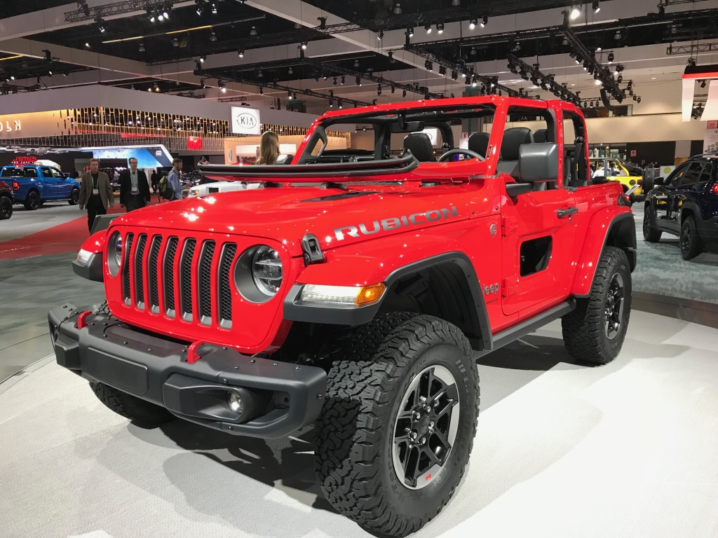 Jeep reveals the new Wrangler Rubicon at the 2017 LA Auto Show