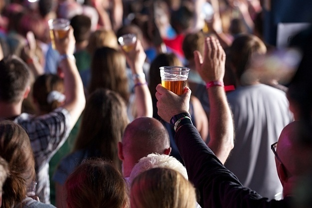 Beer and Hymns is an event at the annual Greenbelt Festival in London. Since 1974, Greenbelt has brought people together to explore faith, arts and justice issues.