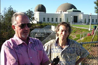 JPL climatologist Bill Patzert (L) and Cal State LA meteorologist Steve LaDochy take readings at Griffith Park, as part of their Off-Ramp TemperaTour.