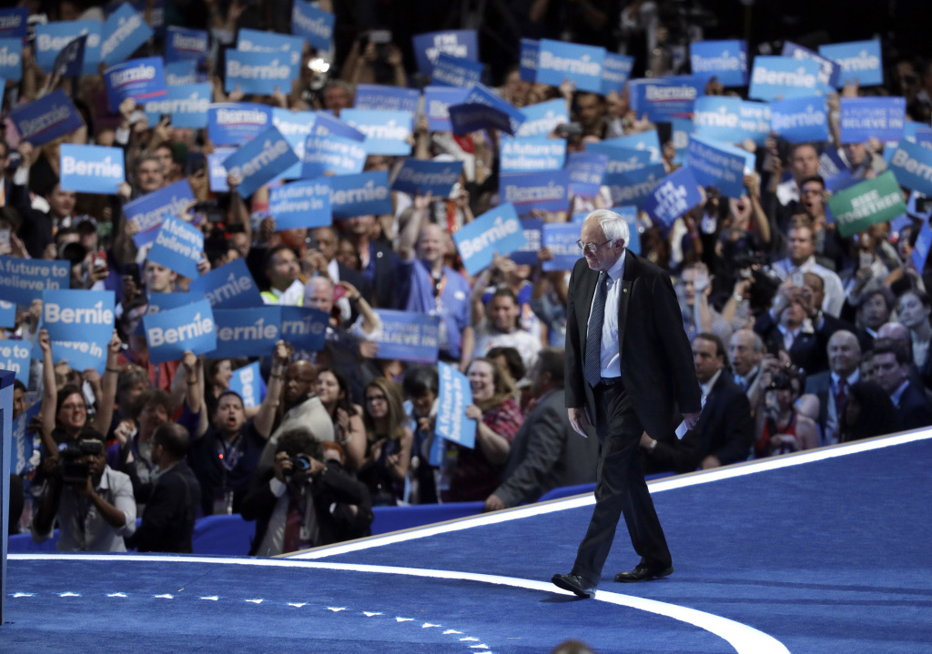 Sanders rallies to remake the Democratic Party