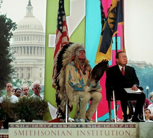 US Senators Ben Nighthorse Campbell (L),R-CO, dres