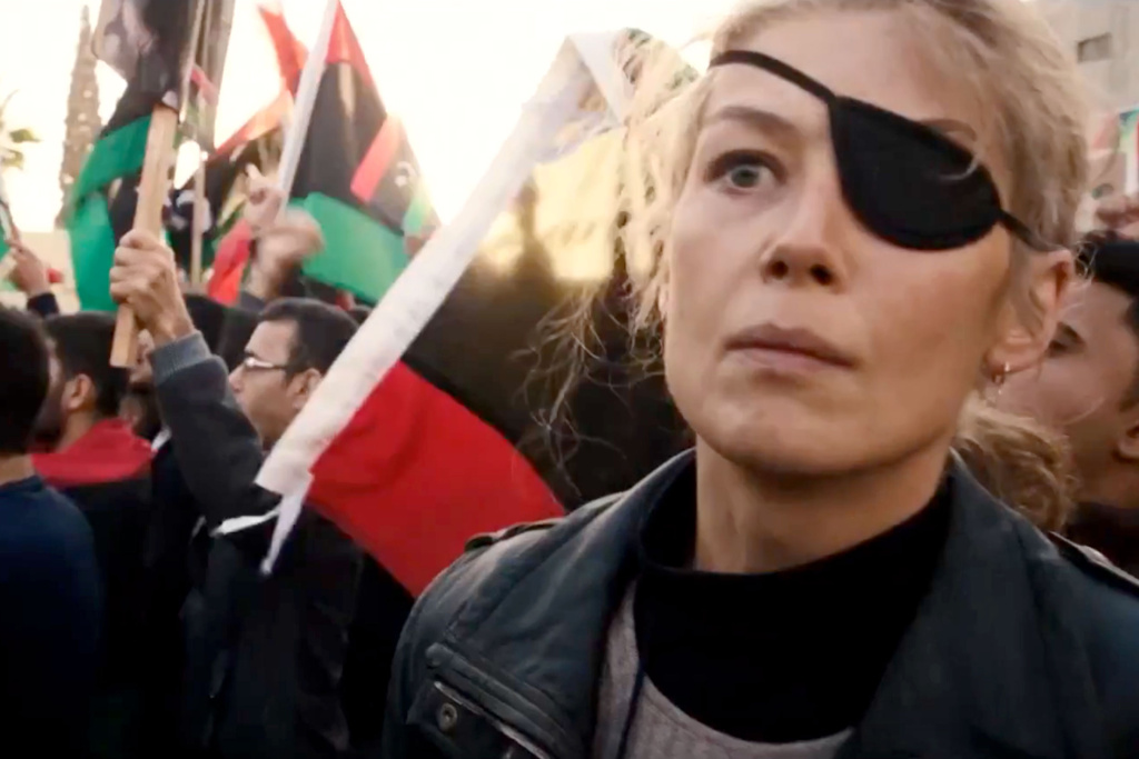 Rosamund Pike plays war correspondent Marie Colvin in