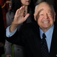 Actor Mickey Rooney arrives for the prem