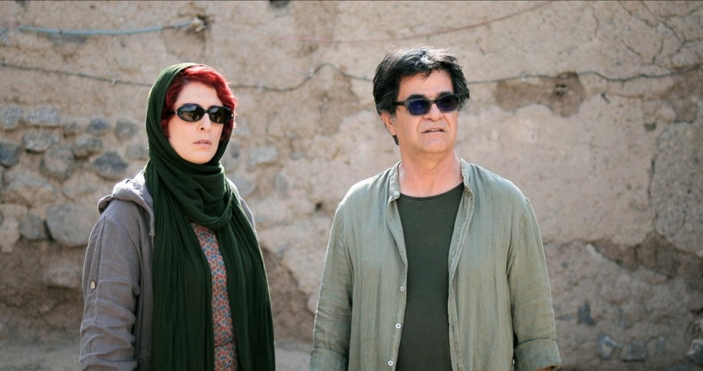 Jafar Panahi and Behnaz Jafari in '3 Faces'