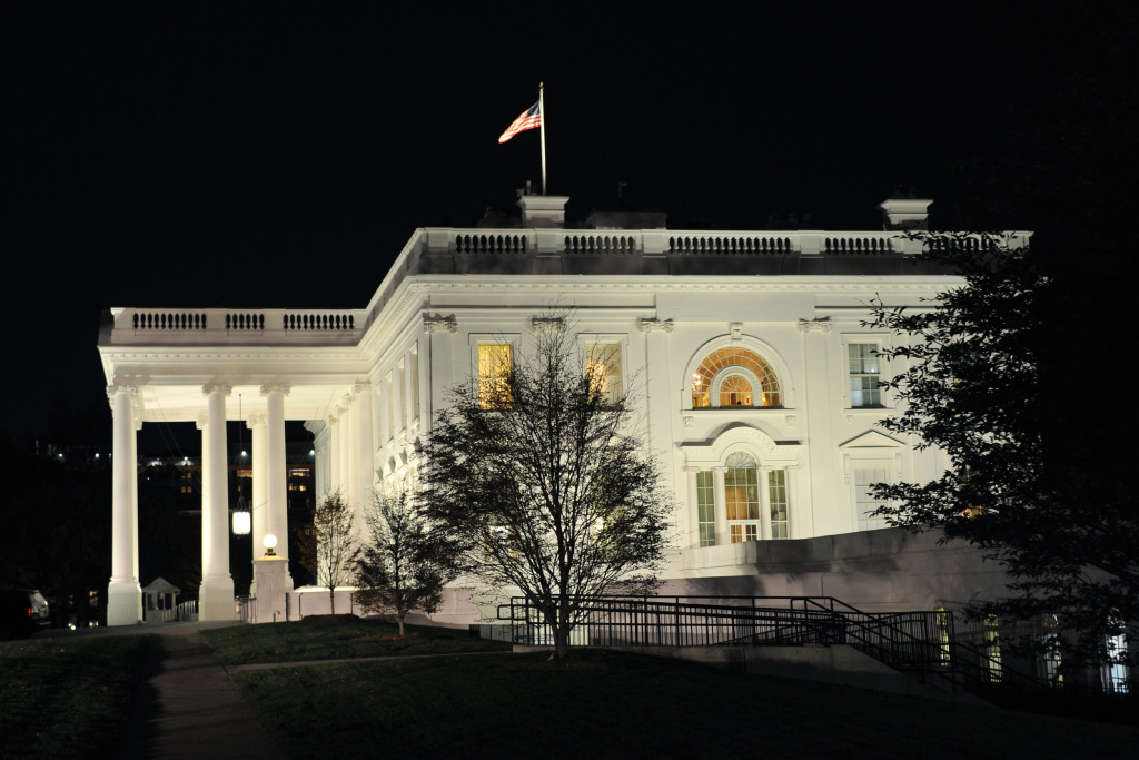 The White House is seen during the US presidential election night on November 8, 2016 in Washington,DC.