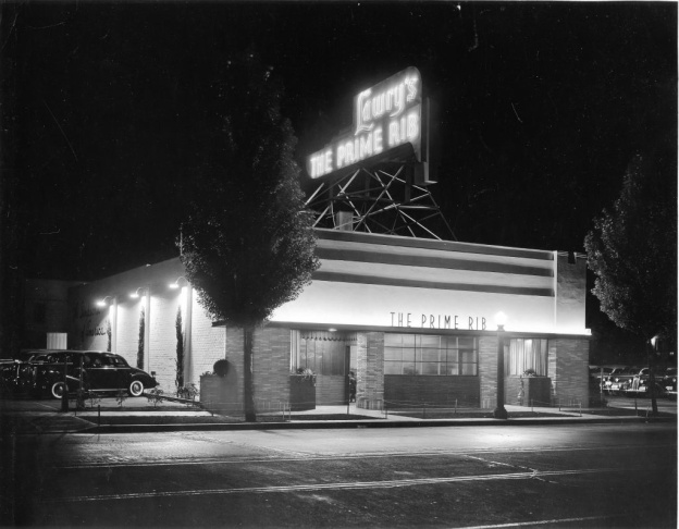 Lawry's Prime Rib restaurant in 1938. Lawry's original location was on La Cienega Boulevard where the current Lawry's sits.