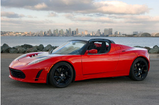 The high-performance Tesla Roadster is based on a design by the British carmaker Lotus.