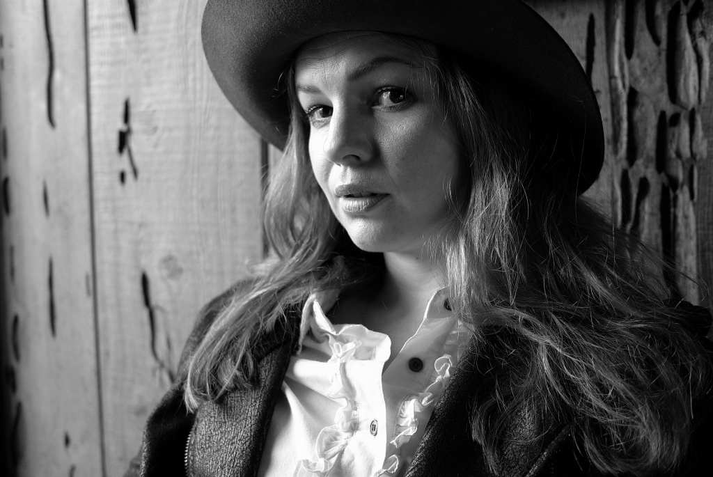 Portrait of poet and actress Amber Tamblyn.