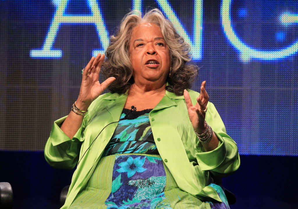 Former actress and singer Della Reese has passed away at 86 on Sunday at her home