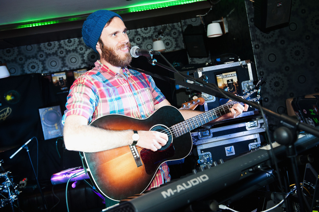 James Vincent McMorrow performs at the Cavern Bar as part of the fifth annual Arthur's Day celebrations on September 26, 2013 in Letterkenny, Ireland.
