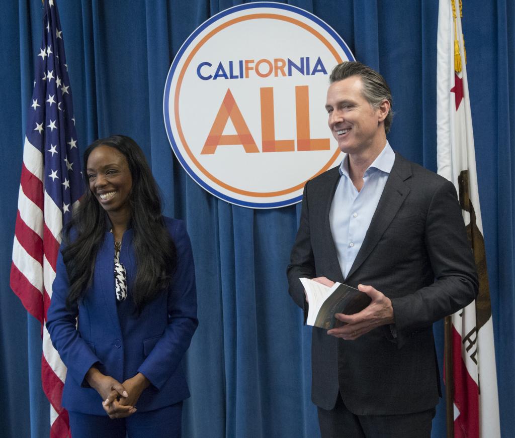 Gavin Newsom swearing in California's first Surgeon General, Dr. Nadine Burke Harris. Photo Credit: Joe McHugh