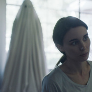 """Casey Affleck and Rooney Mara star in """"A Ghost Story."""""""