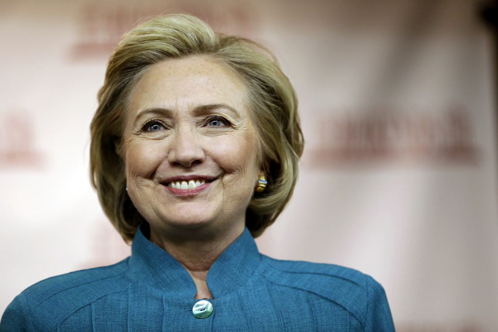 Hillary Rodham Clinton arrives to a signing of her book