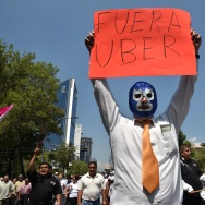 MEXICO-TRANSPORT-TAXI-UBER-PROTEST
