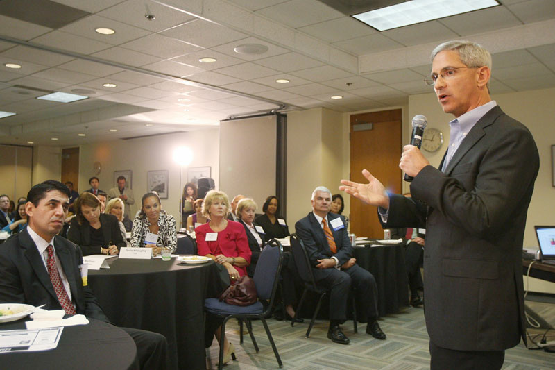 Republican gubernatorial candidate Steve Poizner speaks with business owners as part of the Los Angeles Area Chamber of Commerce's California Candidates Series on September 15, 2009 in Los Angeles, California.
