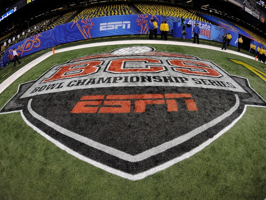 a paper on college football and the bowl championship series From the celebration bowl on dec 16 to the college football playoff national  championship on jan 8, here's a look at the 2017-18 college.