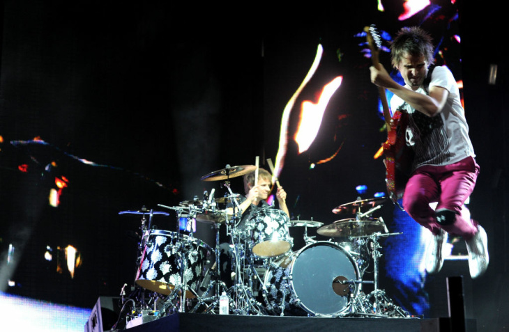Musician Matthew Bellamy of Muse performs during day 2 of the Coachella Valley Music & Art Festival 2010 held at The Empire Polo Club on April 17, 2010 in Indio, California.